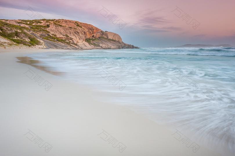 白天海滩的时间推移摄影