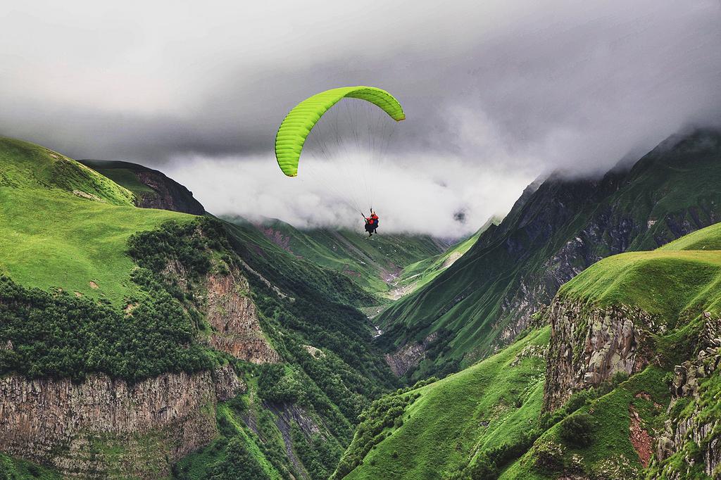 近山人滑翔伞