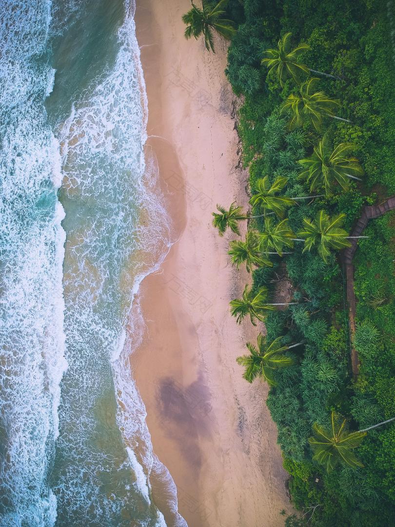海滩鸟瞰照片